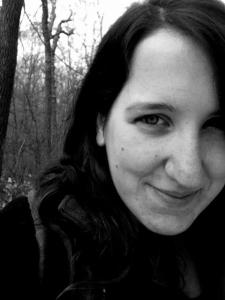 Author_Photo_Jessica_Poli